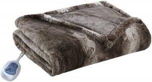 Beautyrest Zuri Oversized Heated Faux Fur Throw