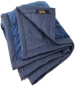 The Cozee's Outdoors Fleece Blanket