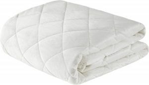 White Beautyrest Quilted Weighted Blanket