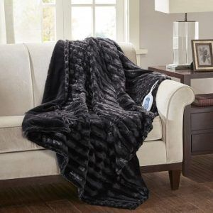 black-white-electric-heated-blanket