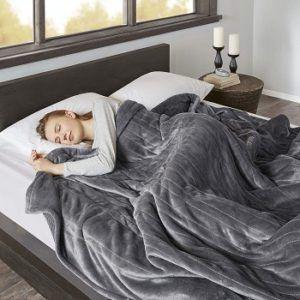 large-oversized-heated-blanket