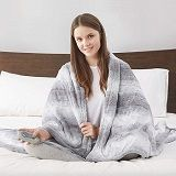 Best 5 Faux-Fur Electric Heated Blanket Picks In 2020 Reviews