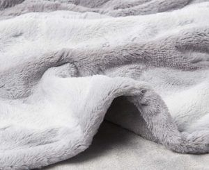 MP2 Microlight Faux-fur Heated Blanket review